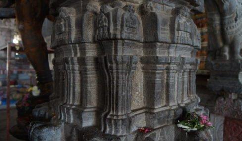 Pillars at Aavudaiyar Kovil